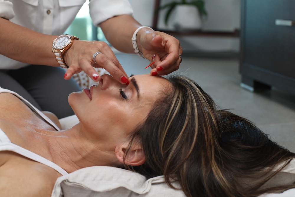minimize scarring after facial plastic surgery